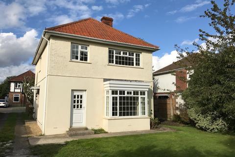 4 bedroom detached house to rent - Vectis Road, Alverstoke, Gosport PO12