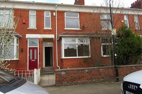 3 bedroom terraced house to rent - Cranbourne Road, Old Trafford, Manchester. M16 9PZ