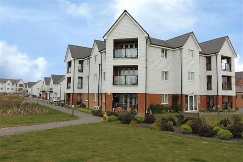 2 bedroom penthouse for sale - Nickolls Road, Hythe, Kent, CT21 4AP