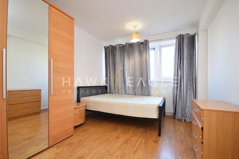 5 bedroom apartment to rent - Bevin House , Butler Street, London, E2