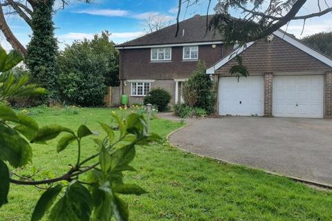 5 bedroom detached house to rent - Merryfield, Vicarage Way, Ringmer, East Sussex, BN8