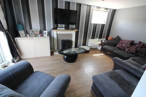 3 bedroom semi-detached house to rent - Winterburn Place, Newton Aycliffe