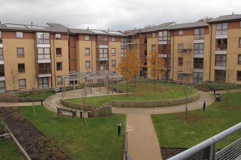 2 bedroom apartment to rent - Commonwealth Drive, Crawley
