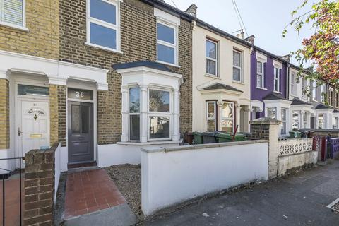 3 bedroom terraced house to rent - Sedgwick Road, Leyton