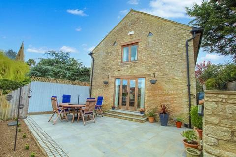 4 bedroom barn conversion for sale - The Green, Little Addington