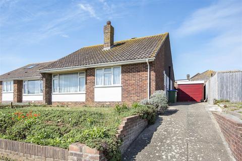 2 bedroom detached bungalow for sale - Hawth Crescent, Seaford