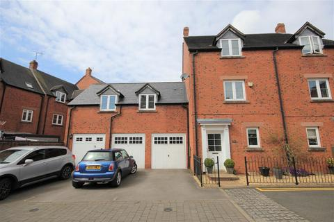 4 bedroom semi-detached house for sale - Hall Yard, Tean,