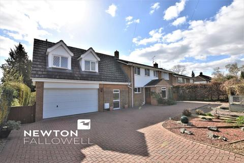 4 bedroom detached house for sale - Barrowden Road, Ketton, Stamford