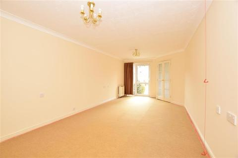 2 bedroom flat for sale - Morland Road, Ilford, Essex
