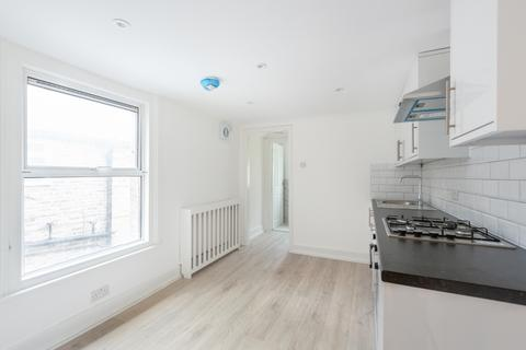 1 bedroom flat to rent - Caistor Road Balham SW12