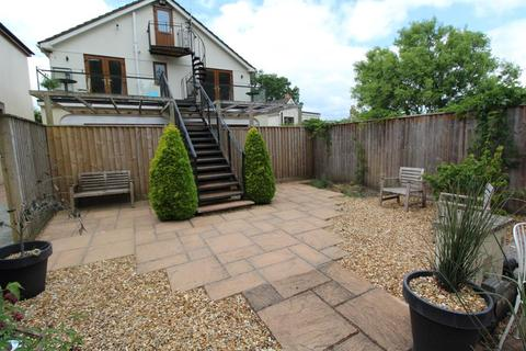 Studio to rent - Parkstone Heights - selection of properties
