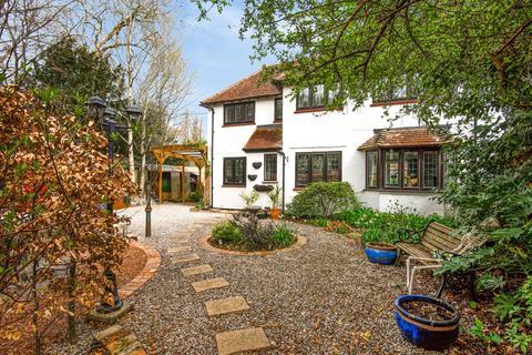 3 bedroom semi-detached house for sale - Wickham Road, Curdridge, Southampton, SO32