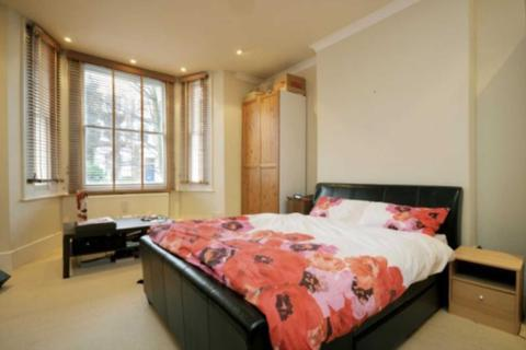 1 bedroom flat to rent - Godolphin Road, Shepherds Bush W12 8JF