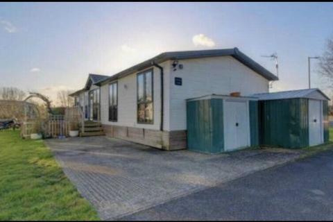 3 bedroom lodge for sale - Billing Aquadrome, Crow Lane, Little Billing, Northampton, Northamptonshire