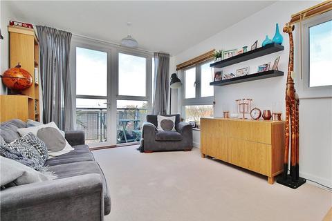 2 bedroom apartment to rent - Challenge Court, Langhorn Drive, Twickenham, TW2