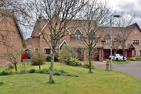 5 bedroom detached house for sale - Martingale Road, Marlborough, SN8 3TY