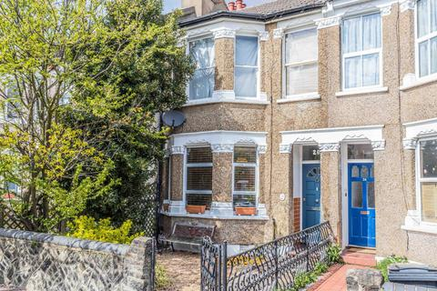 2 bedroom apartment for sale - Beech Road, London, N11