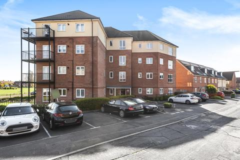 1 bedroom flat for sale - Staines-Upon-Thames,  Surrey,  TW19