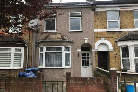 3 bedroom terraced house to rent - Catisfield Road, EN3