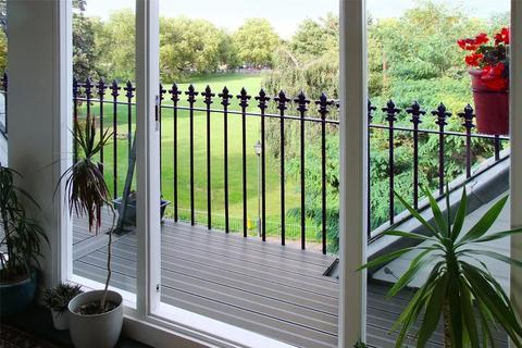 2 bedroom penthouse for sale - Clapham Common West Side, London, SW4