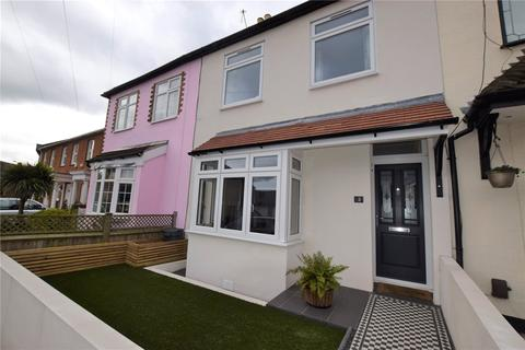 2 bedroom terraced house to rent - Fullers Road, London, E18