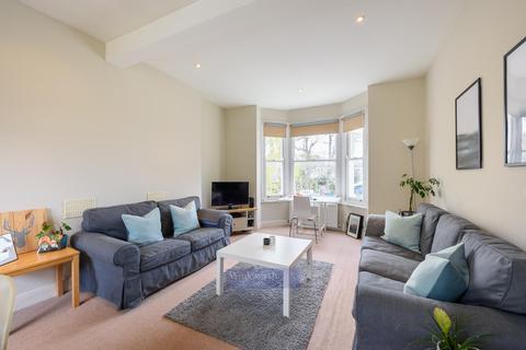 3 bedroom flat for sale - METEOR STREET, SW11