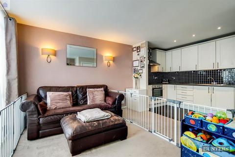 1 bedroom flat for sale - The Odeon, Longbridge Road, Barking, IG11