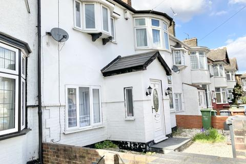7 bedroom terraced house to rent - Cranleigh Road , Barking  IG11