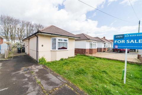 2 bedroom semi-detached bungalow for sale - Gosport Road, Lee-on-the-Solent, Hampshire