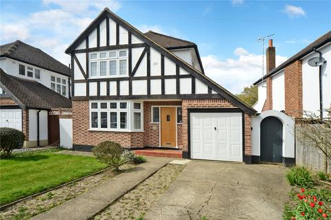 3 bedroom detached house for sale - Timbercroft, Epsom, KT19