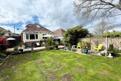 3 bedroom bungalow for sale - Brierley Road, Northbourne, Bournemouth