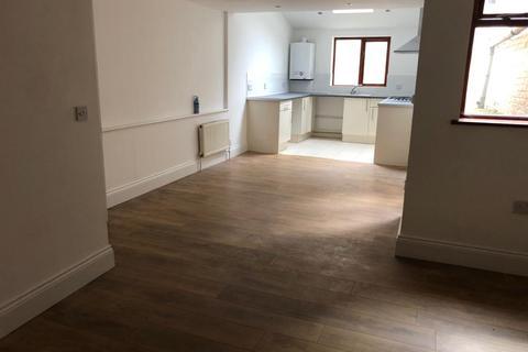 2 bedroom flat to rent - Windus Road, Stoke Newington , Hackney, London N16