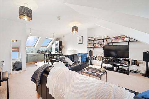 2 bedroom flat to rent - Heathfield Road, Wandsworth, London