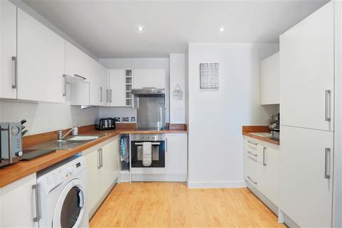 1 bedroom flat for sale - George Court, Grange Road, Hayes, Middlesex, UB3 2RS