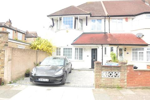 3 bedroom end of terrace house to rent - River Avenue, Palmers Green, N13