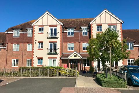 2 bedroom apartment for sale - The Street, Rustington