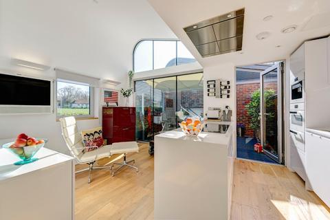 2 bedroom terraced house for sale - Princess Louise Walk, North Kensington, London