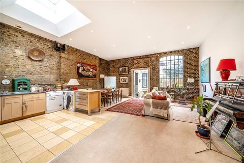 3 bedroom apartment for sale - Cooper Works, 19-23 Sternhall Lane, Peckham Rye, London, SE15