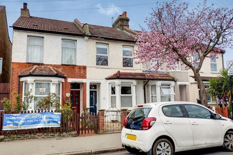 2 bedroom terraced house for sale - Edward Road, Addiscombe