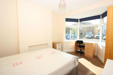1 bedroom in a house share to rent - Benson Road, Headington