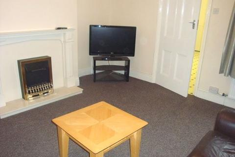 2 bedroom flat to rent - Mortimer Road, South Shields