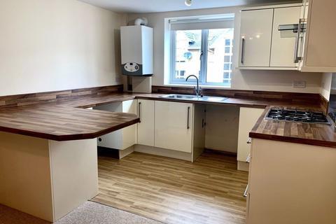 2 bedroom flat to rent - TWO DOUBLE BEDROOMS, WINTON
