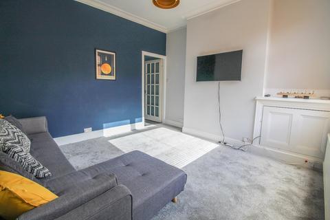2 bedroom semi-detached house to rent - Grenville Road, Hazel Grove, Stockport, SK7