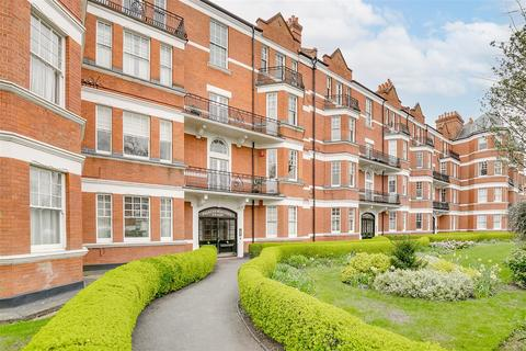 2 bedroom flat for sale - Prebend Mansions, Chiswick High Road, W4
