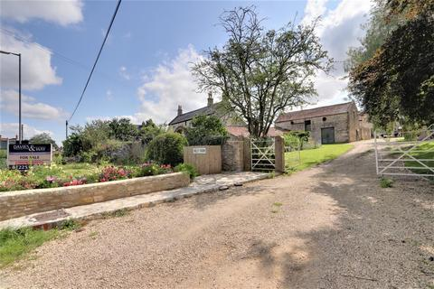 2 bedroom barn conversion for sale - The Green, Farmborough, Bath