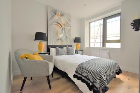 1 bedroom flat to rent - High Street, Feltham