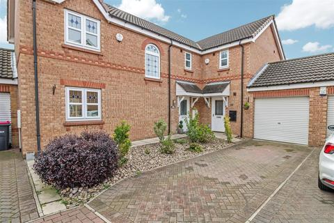 3 bedroom semi-detached house for sale - Alderwood Close, Sunnyside, Rotherham