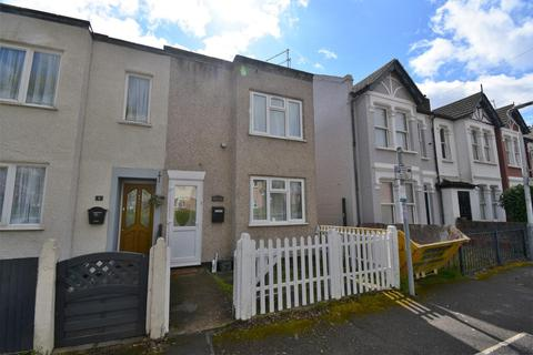 2 bedroom end of terrace house to rent - Padcroft Road, West Drayton, UB7