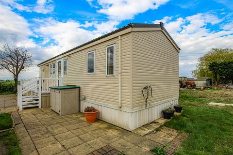 2 bedroom mobile home for sale - East End Road, Bradwell-On-Sea, Southminster
