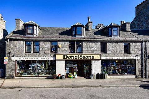 4 bedroom townhouse for sale - Grantown on Spey